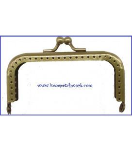 Boquilla monedero oro viejo labrada rectangular 8 cm